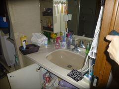 NO90.真っ白な清潔感のあるキッチン施工前1