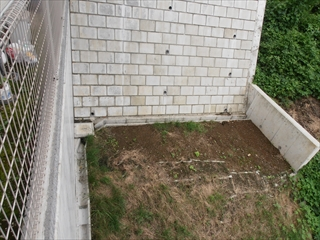 NO52.張りだしたウッドデッキと菜園施工前3