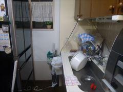 NO90.真っ白な清潔感のあるキッチン施工前2