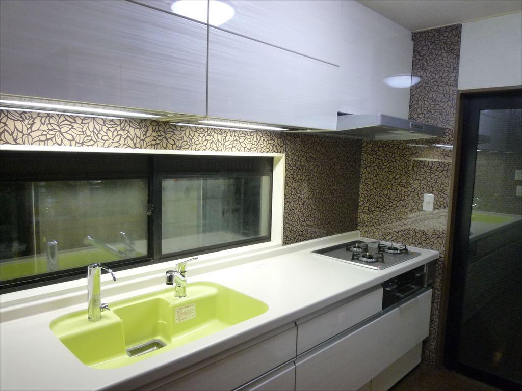 NO96.シンプル模様の上品なキッチン