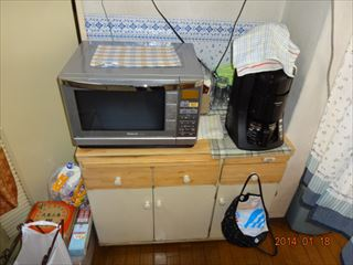 NO100.白で明るく洗練されたキッチンに施工前3